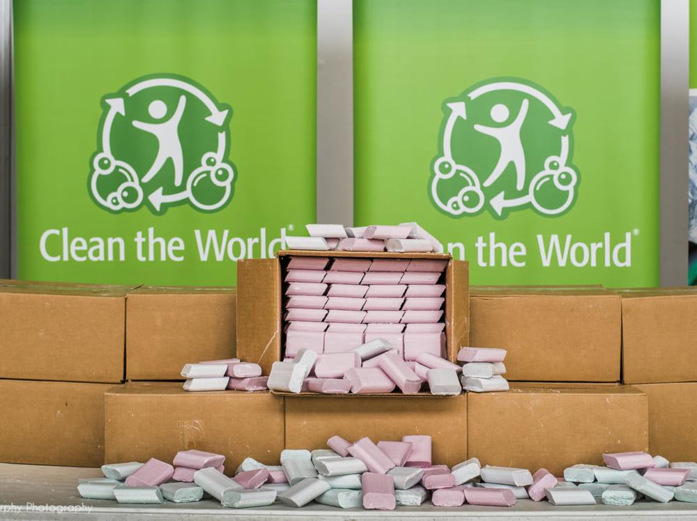 ヒルトンホテル、客が残した100万個の石鹸をリサイクル