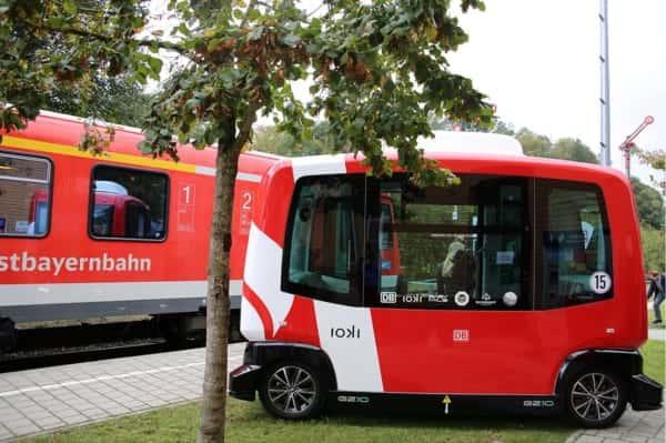 地方の個人移動をエコで自由にする、ドイツの無人運転電気バス