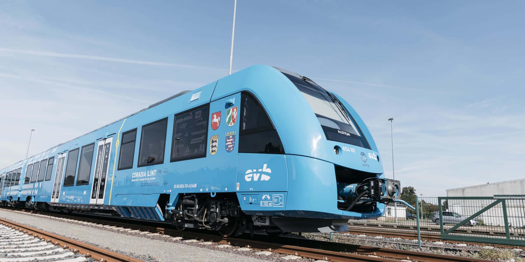 ドイツで運行開始。水素燃料電池で動く世界初の旅客電車