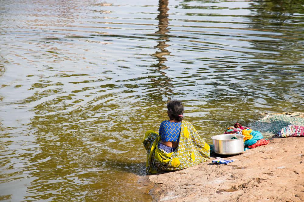 清潔な水の大切さを考える、スワロフスキーのドキュメンタリー「Waterschool」