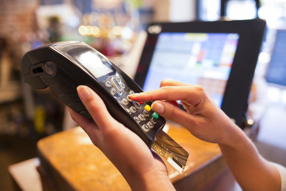 消費活動でのCO2排出量を測定・管理するクレジットカード「DO」