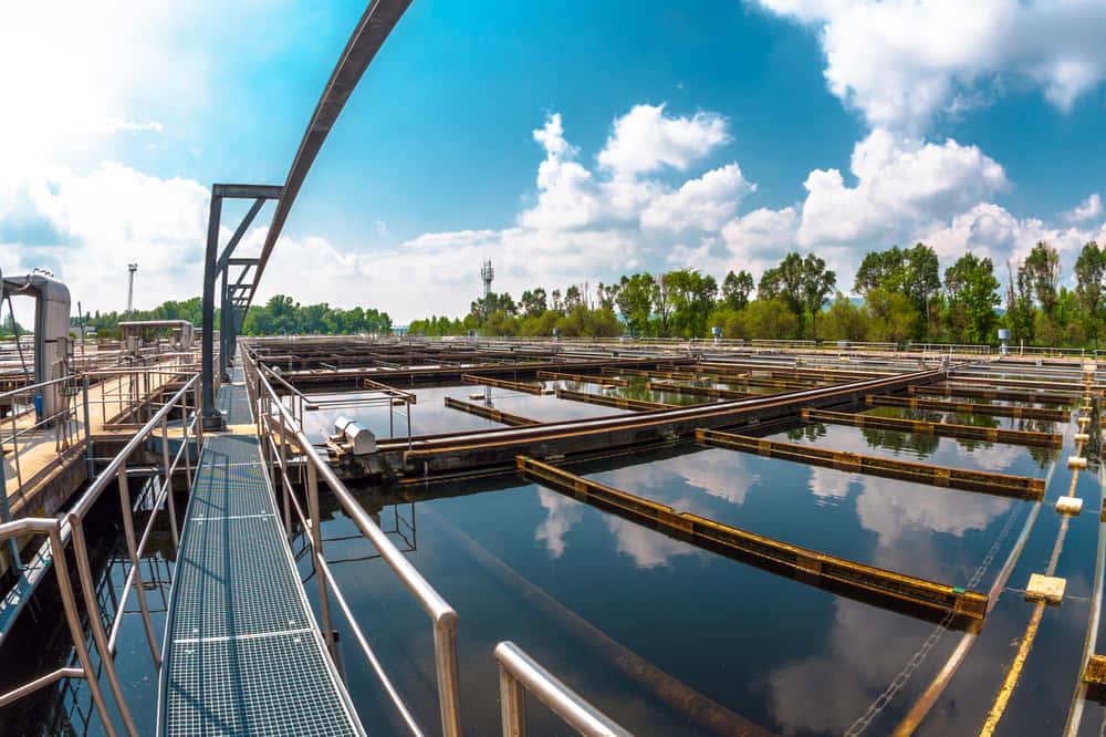 都市の廃水をクリーンエネルギーに。チリの「バイオファクトリー」プロジェクト