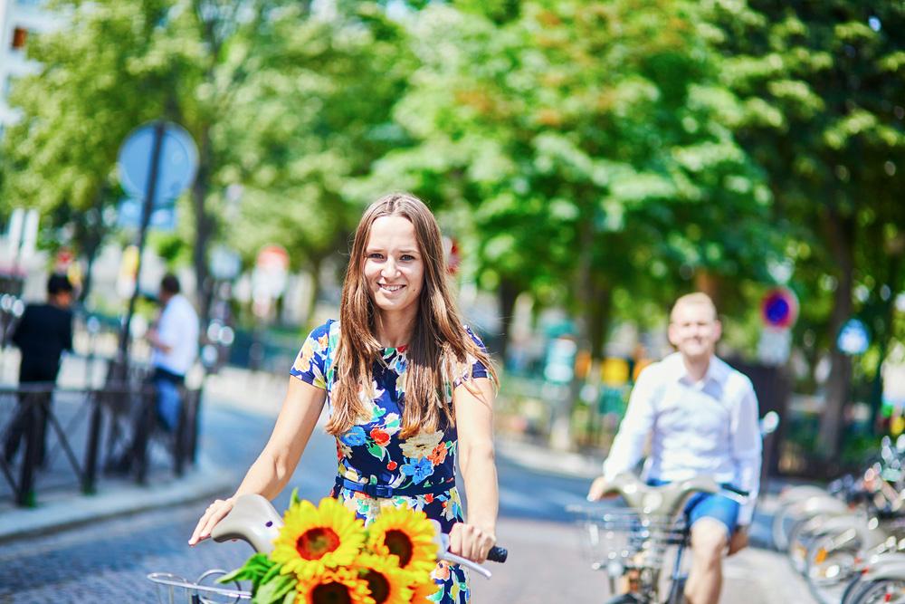 パリ市長、職場も買い物にも「15分でいける街」計画を発表