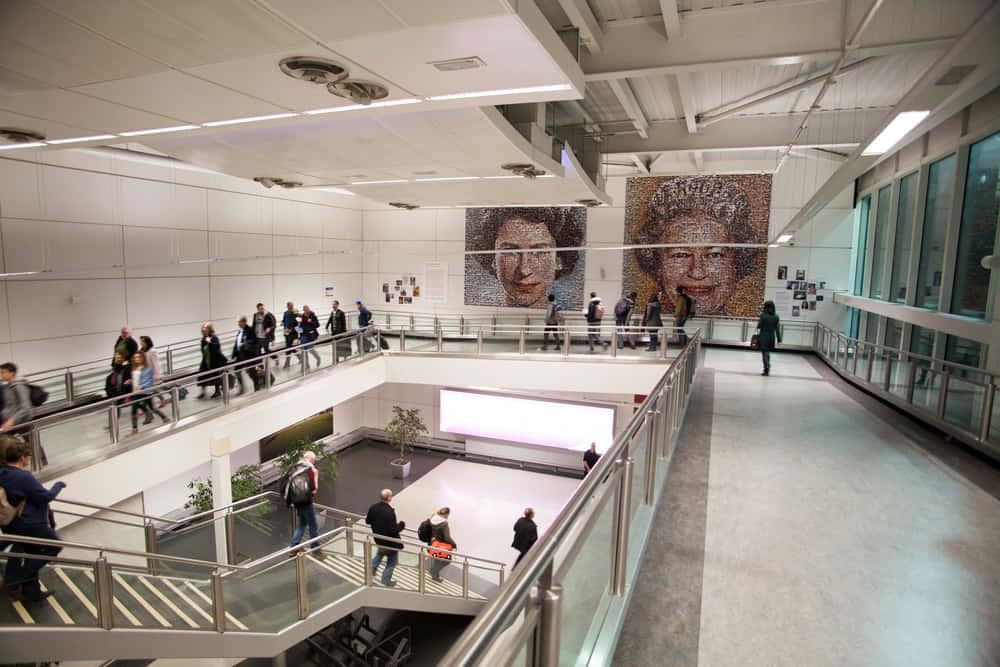 ロンドンの空港が始めた、従業員向け相乗りインセンティブプログラム