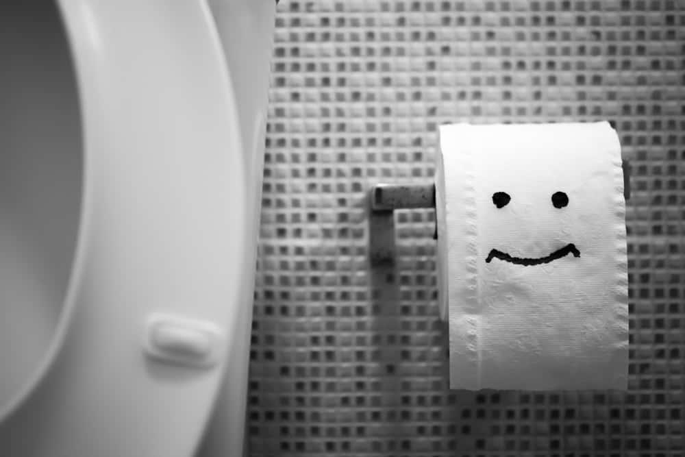 災害直後から組み立ててすぐに使える「ほぼ紙トイレ」
