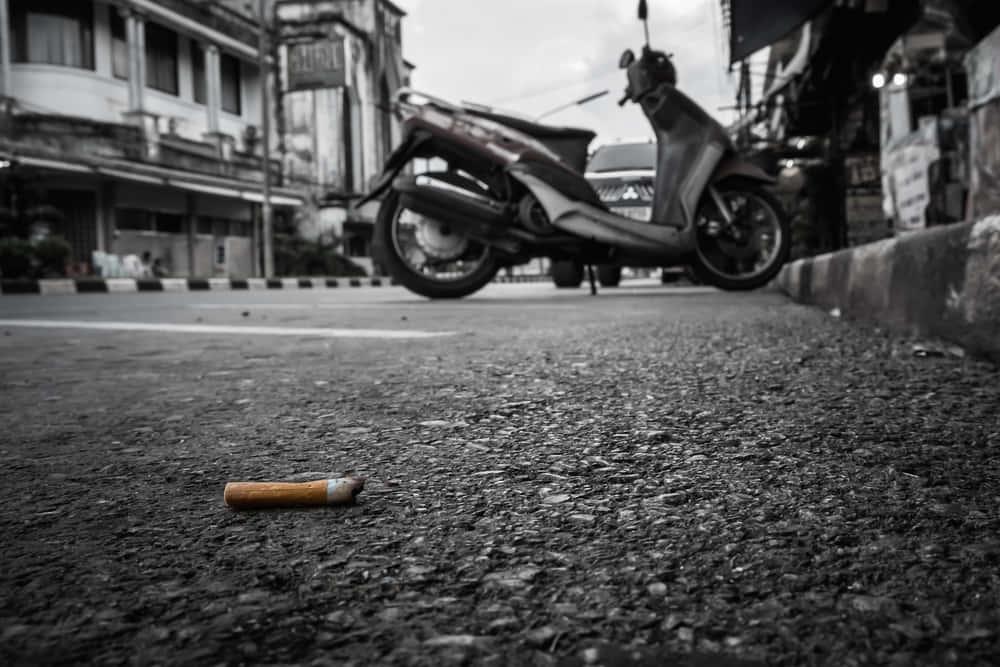 たばこの吸い殻で作る道路「RMIT」