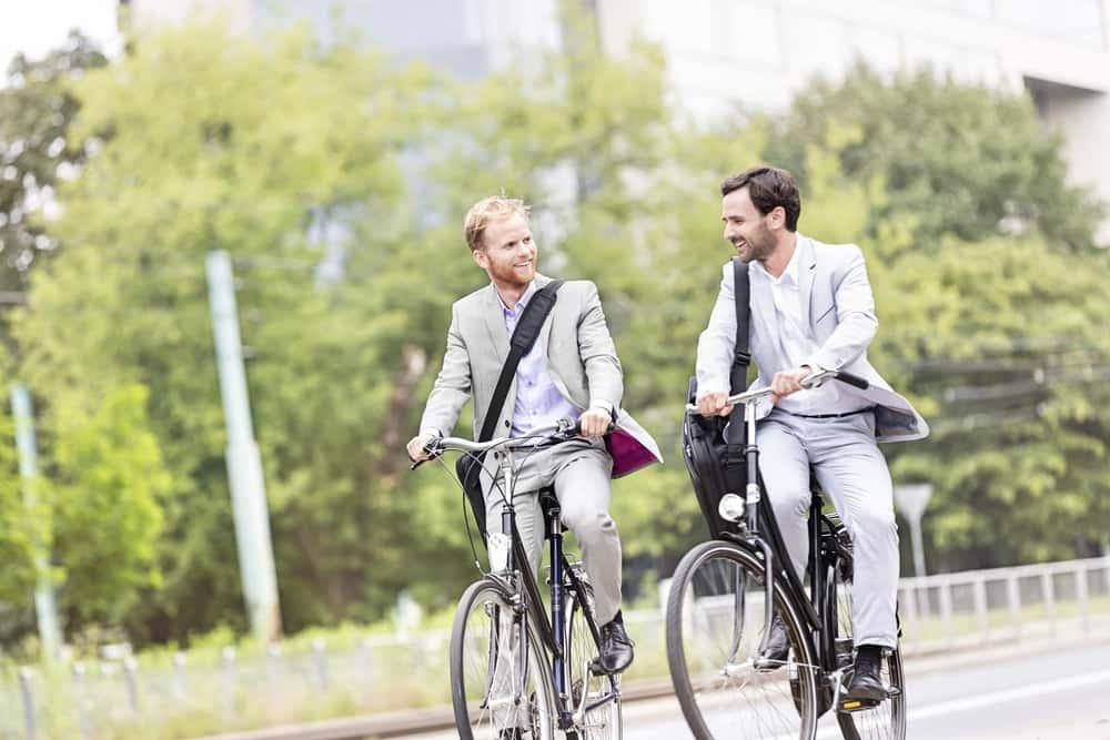 自動車に乗れば乗るほど報酬がもらえる社員向けアプリ「ByCycling」