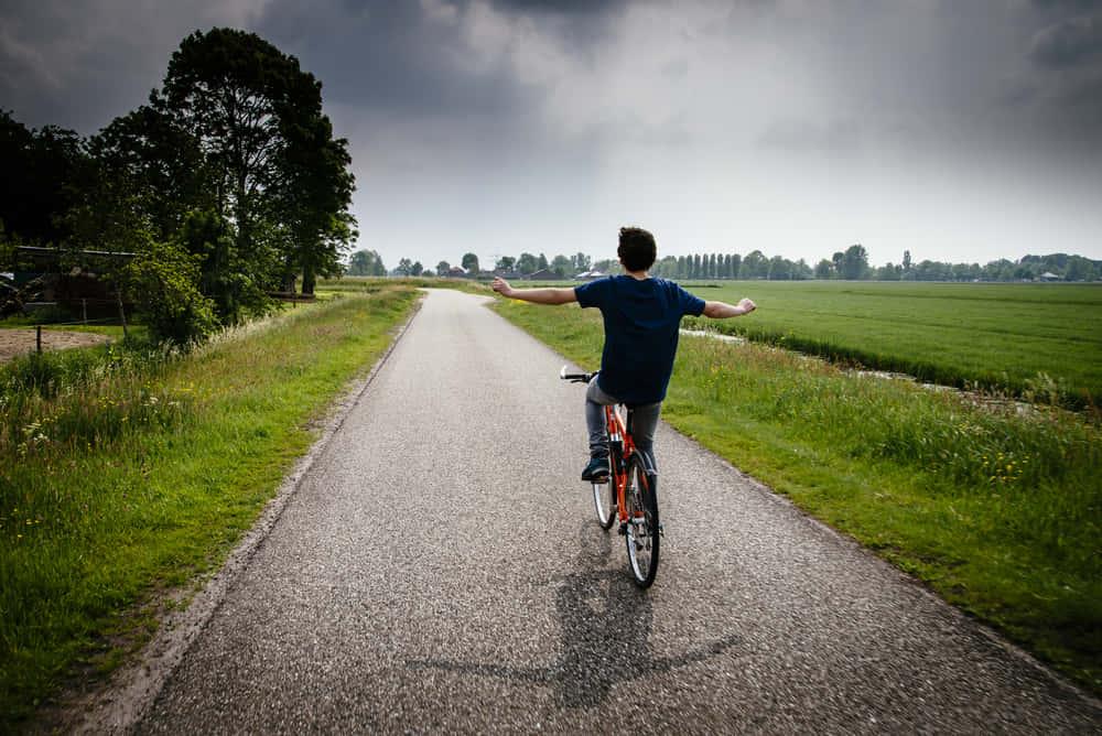 流したトイレットペーパーと再会できるオランダの自転車道