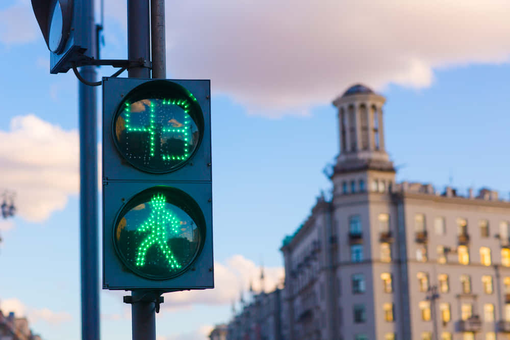 歩くスピードに応じて青信号の時間を調整できるアプリ「Crosswalk」
