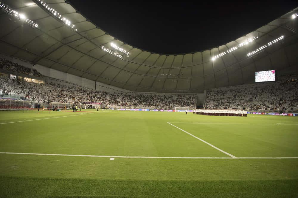 コンテナで作られた、再利用可能な「Ras Abu Aboudスタジアム」