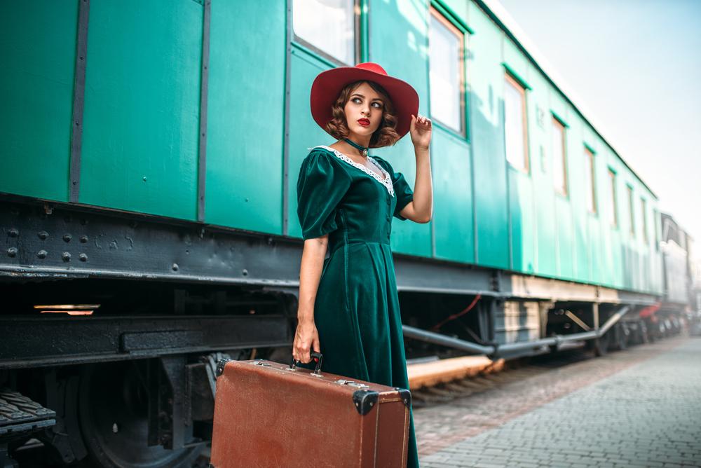 家庭内暴力から逃れる「無料列車チケット」