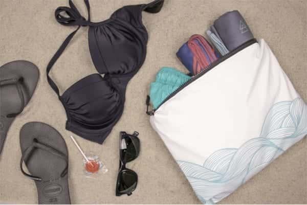 完全防水でプラスチックを削減する「Splash Bag」